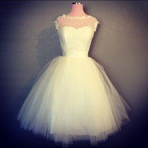 Vintage short polka dot wedding/ prom dress